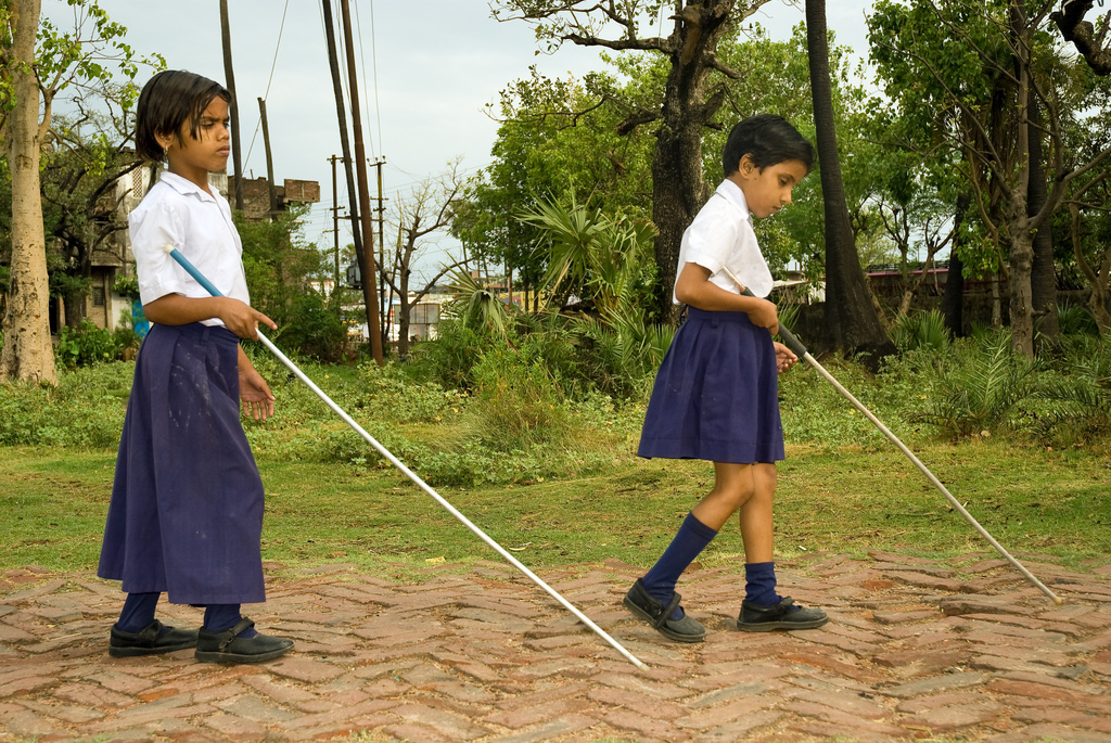 Artificial Intelligence to Help Blind Girls